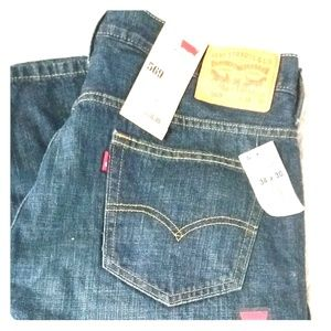 NWT Levi's 569 jeans - loose straight fit